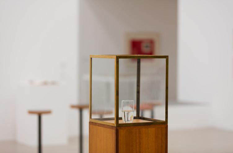 """František Lesák, """"Halb voll, Halb leer"""", 1975"""