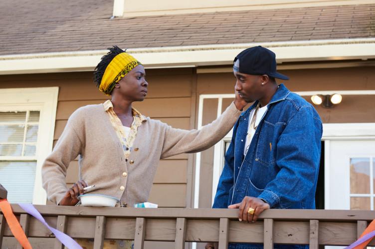 Tupac und seine Mutter - auch diese Beziehung ist von Höhen und Tiefen geprägt.